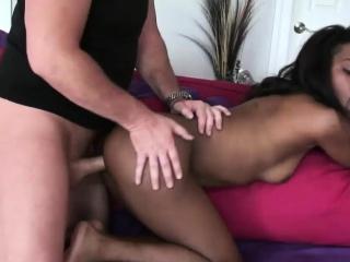 Ebony babe gets a hard donger