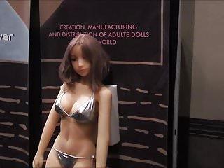 AVN 2018 Dolls