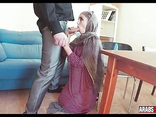 Hijab girl licks asshole