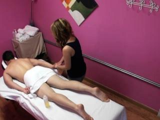 Massage babe wanks till cum after riding cock