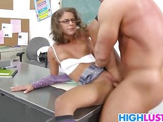 Hard dick for nerdy schoolgirl Presley Hart