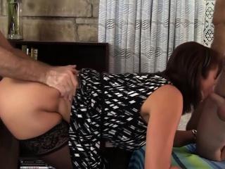 Mature Tart Vanessa Videl Is Gangbanged by Five Horny Guys