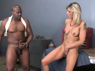 Spicy teacher thrills the dude with perfect schlong riding