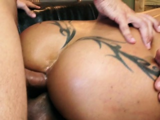 Client Jewels Jade Enjoys Big Cocks And Jizz