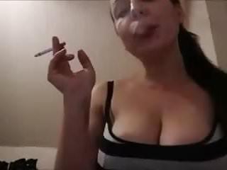 Sandy Yardish Newport 100s cigarette webcam