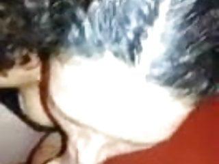 Mamada con leche en la cara