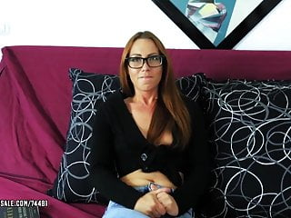 Foxy Sanie - Needy Tenant Blows For Rent