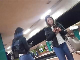 Spying on nice asses in jeans