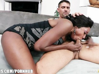 Horny Ebony MILF Diamond Jackson gets some help learning to squirt