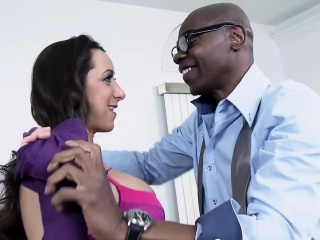 Mofos - Milfs Like It Black - Kaylynn - Frisk