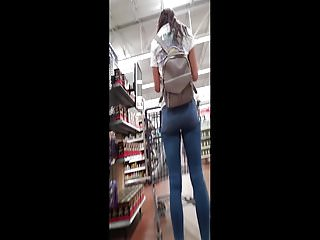 Amazing ass in jeans