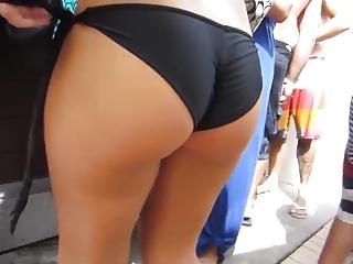 Candid bikini booty