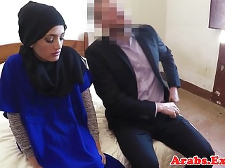 Amateur muslim paid for fucking on camera