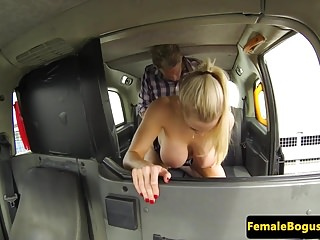 British cabbie babe deepthroated and fucked