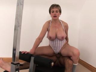 Milf Lady Sonia fucks gym partner cumshot tits