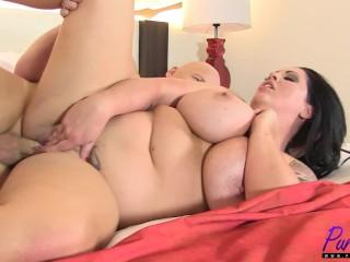 CurvesAddicted - Paige London 1