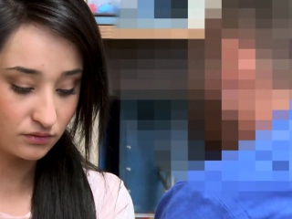 Teen shoplifter faces her fears when taken into custody