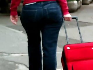 Mature bubble butt milf pawg in jeans