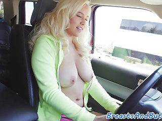 Bigtit beauty screwed hard and gives bj