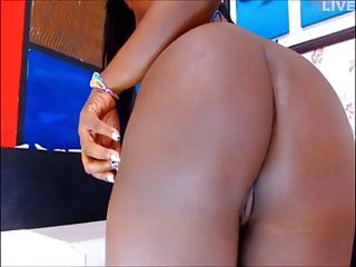 Spread that ass and wink