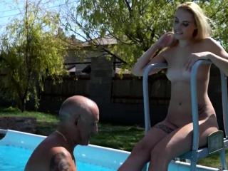 Sexy Blondie Loves Step-dad's Chock