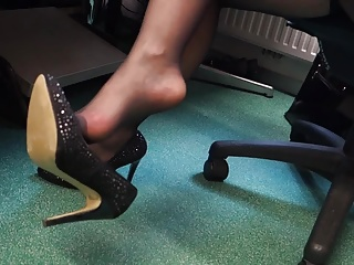 Feet in Nylon - Video 22