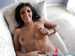 Tittyfucked bigtits milf loves sucking cock