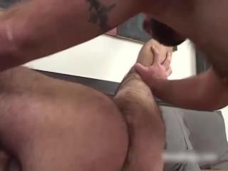 Daddy Chain, scene 1