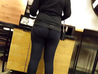 big jiggly ass Fr visible asslines in tights