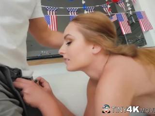 American Teen Beauty Daisy Stone Fucks A King Size Cock