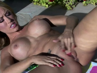 Pool Chick Loves to Play With Herself