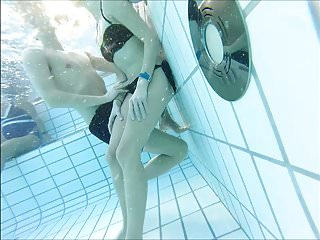 nice couple at pool