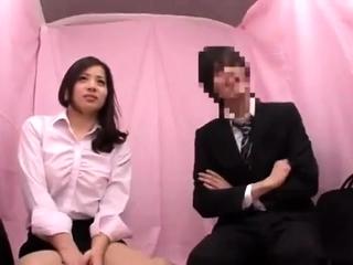 Japanese amateur has gangbang