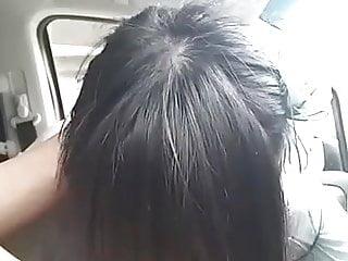 girl blowjob her boyfriend in car