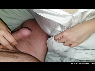 Kutwijf Gets Nipples and Tits Wank to Facial