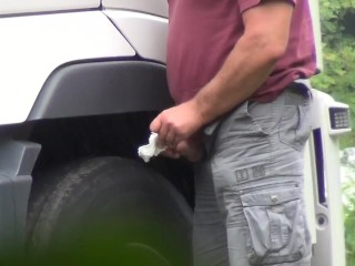 trucker daddy caught wanking and cuming in public