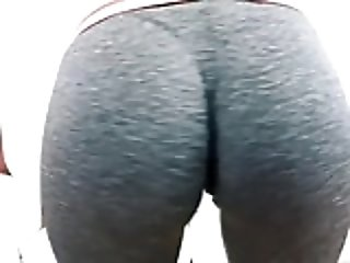 Huge Hangers Teen Working Out in Tight Spandex. Fat Cameltoe