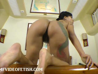 A Real Domination Facesitting Fuck Face and Sucking Pussy
