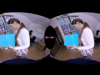 18VR.com Office Anal POV Fuck With Teen Secretary Vany Ully