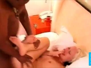DEUTSCHE FRAU UTE FICK IM GANGBANG BLACK BIG COCK AFRIKANER