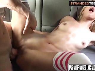 Uma Jolie - Shoplifting Rebel Fucks On The Run - Stranded Te