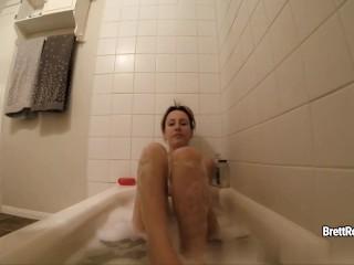 CrushGirls - Brett Rossi masturbates in bubble bath