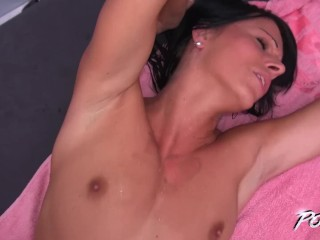 Hot brunette fucked in the pool & get cum on ass to be happy
