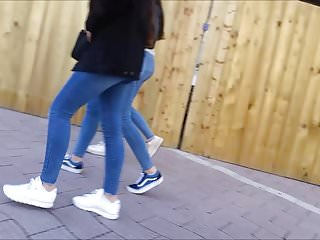 Very hot teen asses in tight blue jeans