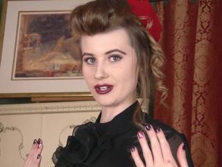 Vintageflash Brook Logan hostess who shows the mostest