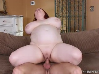Busty Teen Stripper Quinn Rain Fucks Her StepDad