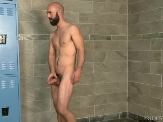 ExtraBigDicks Threesome in the Gym Shower