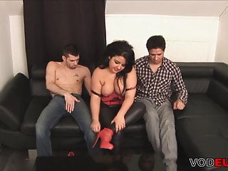 Chubby mature lady gets fucked in a threesome