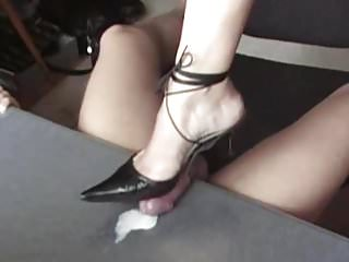 shoejob and cum play