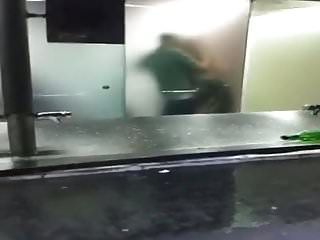 En servicio de discoteca espanola follandose a 2 chicas